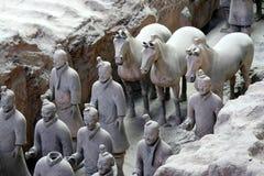 Guerrieri e cavallo di terracotta Immagine Stock