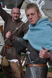 Guerrieri medievali di vichingo pronti per la battaglia Fotografie Stock Libere da Diritti