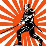 Guerriero del samurai con posizione di combattimento della spada Fotografia Stock