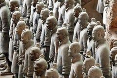 Guerriers célèbres de terre cuite dans Xian, Chine Photos stock