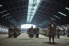 Guerriers et chevaux de terre cuite photos libres de droits