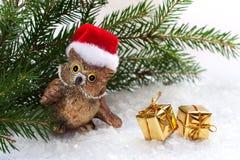 Gufo del giocattolo e regali di Natale Fotografia Stock