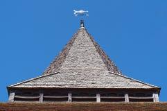 Guglia della chiesa del villaggio, Clandon ad ovest, Surrey immagine stock libera da diritti