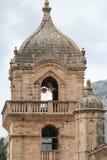 Guglia dilapidata della chiesa Fotografia Stock