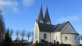 Guglie gemellate sulla chiesa di Broager Fotografia Stock