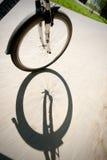 Guida della bicicletta Fotografia Stock