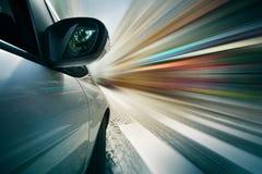 Guidando nella città Fotografie Stock