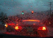 Guidando in pioggia persistente Fotografia Stock