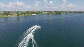Guidando su un jet ski stock footage