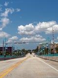 Guidando sul ponte mobile Immagini Stock Libere da Diritti