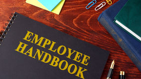 Guide des employés ou manuel photo stock