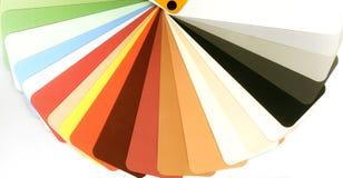 Guide ouvert de couleur pour le plâtre sur le blanc images stock