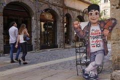 Guignol à l'entrée d'une boutique de cadeaux à Lyon photographie stock