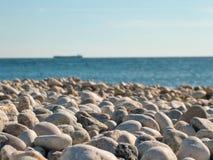 Guijarros en el Mar Negro Imagenes de archivo