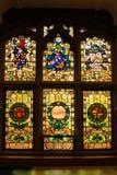 guildhall De Vensters van het gebrandschilderd glas Derry Londonderry Noord-Ierland Het Verenigd Koninkrijk stock afbeelding