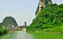 Guilin Chiny Siedem Gwiazdowy park Yangshuo i kras. obrazy royalty free