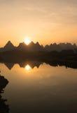 Guilin landskapsolnedgång Royaltyfri Foto