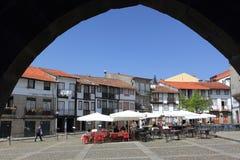 Guimaraes - Largo da Oliveira Immagini Stock Libere da Diritti