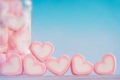 Guimauve rose de forme de coeur pour le thème d'amour et le backgr de Valentine Image stock