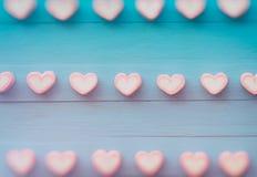 Guimauve rose de forme de coeur pour le thème d'amour et le backgr de Valentine Images stock
