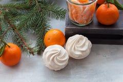 Guimauves de saveur de mandarines ou festin de Noël de zéphyr Photographie stock