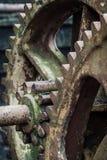 Guinchos em desuso de oxidação velhos do barco foto de stock