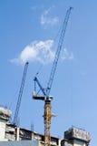 Guindaste da construção e canteiro de obras Fotos de Stock Royalty Free