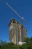 Guindaste de construção do Highrise Fotografia de Stock