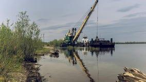 Guindaste do rio na operação filme