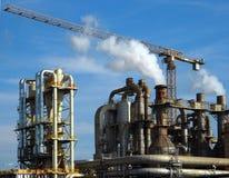 Guindaste em uma planta industrial Imagem de Stock Royalty Free