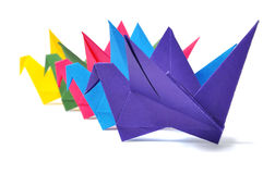 Guindastes do origâmi isolados sobre o branco Imagem de Stock