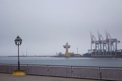 Guindastes do recipiente do porto Imagem de Stock