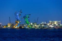 Guindastes grandes no porto de Amsterdão Fotos de Stock Royalty Free