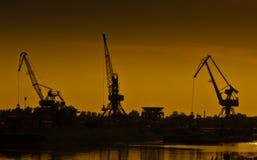 Guindastes portuários Imagem de Stock