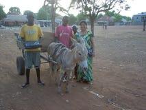 Guinea Bissau arbetare i africa arkivfoto