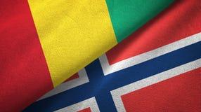 Guinea en Noorwegen twee vlaggen textieldoek, stoffentextuur royalty-vrije illustratie