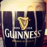 Guinness łyknięcie zdjęcia royalty free