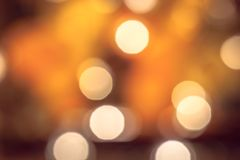 Guirlande admirablement brouillée de lumières de Noël image libre de droits