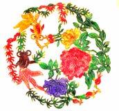 Guirlande de Chinois avec la fleur et le poisson rouge Photo libre de droits