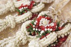 Guirlande de fleur dans la cérémonie de mariage Photographie stock libre de droits