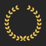 Guirlande de laurier de récompense d'or sur le fond foncé Image stock
