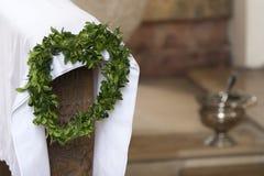Guirlande de laurier pour la décoration dans l'église Image stock
