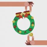 Guirlande de Noël avec la décoration rouge d'arc de ruban d'isolement par concept de Noël Photographie stock