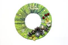 Guirlande traditionnelle de porte du ` s de nouvelle année de métier fabriqué à la main d'enfant de fil Images stock