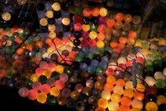 Guirlandes ethniques colorées de lumières Photographie stock libre de droits