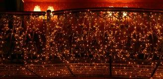 Guirlandes lumineuses avec des lumières Image libre de droits