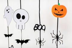 Guirlandes ou décorations de papier de partie de Halloween Image stock