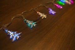 Guirnalda caliente del oro de la Navidad Imagen de archivo