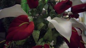 Guirnalda colorida de la flor