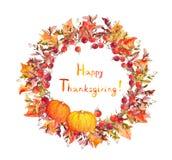 Guirnalda de la acción de gracias - calabazas, bayas, hojas de otoño Frontera redonda de la acuarela Foto de archivo